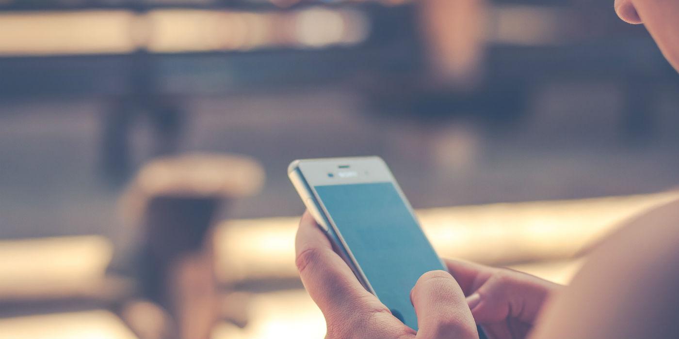 Samsung Pay feiert Einjähriges und überrascht Kunden mit digitalen Händler-Coupons.