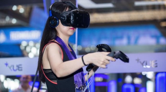 Alibaba arbeitet gemeinsam mit HTC an dem virtuellen Shopping-Erlebnis.