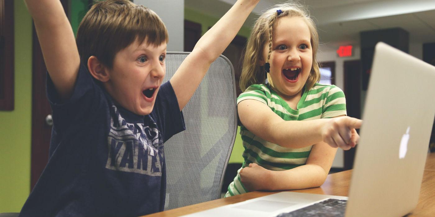 Das Kinderbezahlsystem Okiko bringt Kids in die Webshops.
