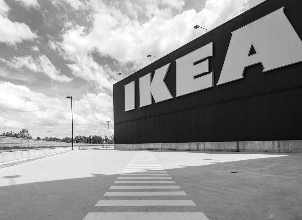 Ikea Österreich setzt auf Click & Collect, Alibaba und Sberbank planen E-Commerce-Plattform für Russland, Amazon Dash Button wird für US-amerikanische Prime-Kunden digital - das liest Du heute in Deinen Weekly News.