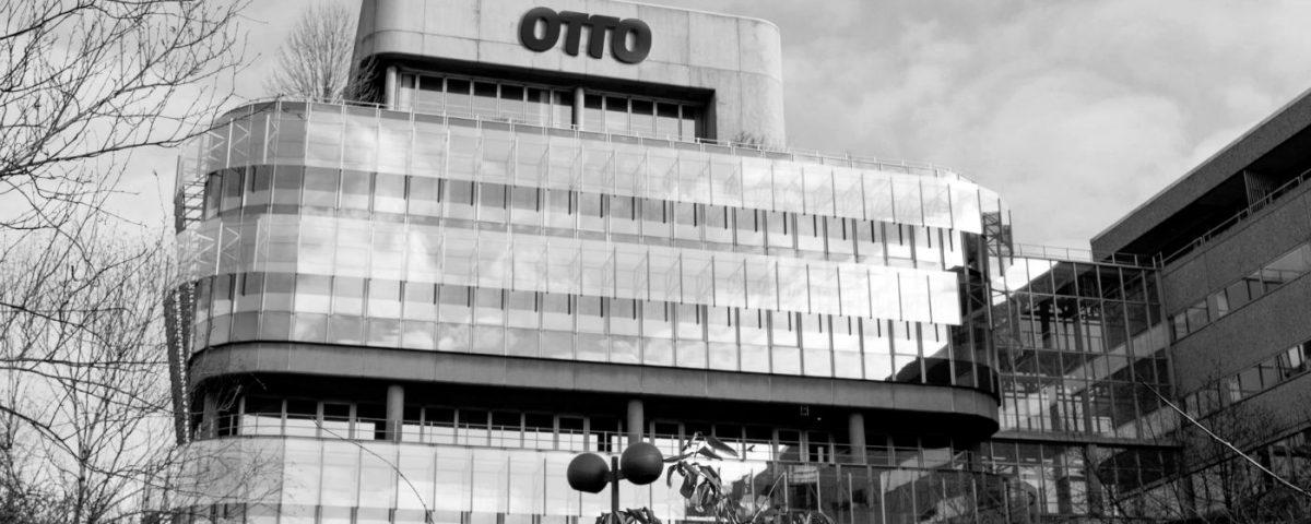 Deine Weekly News: Hoher Umsatz bei der Otto Group, der Online-Handel wächst zweistellig und Händler bieten Kunden mehr Bezahlarten.
