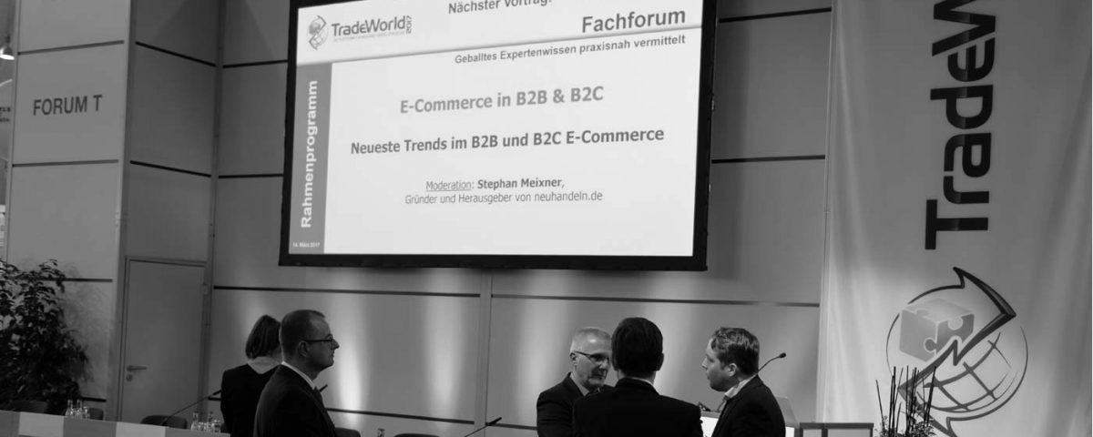 """Die Tradeworld ist ein alljährlicher Anlaufpunkt für Experten aus dem Onlinehandel. Auf seinem Fachforum """"E-Commerce im B2B und B2C"""" forderte gaxsys-Geschäftsleiter Philipp Kannenberg vom deutschen Handel mehr Mut."""
