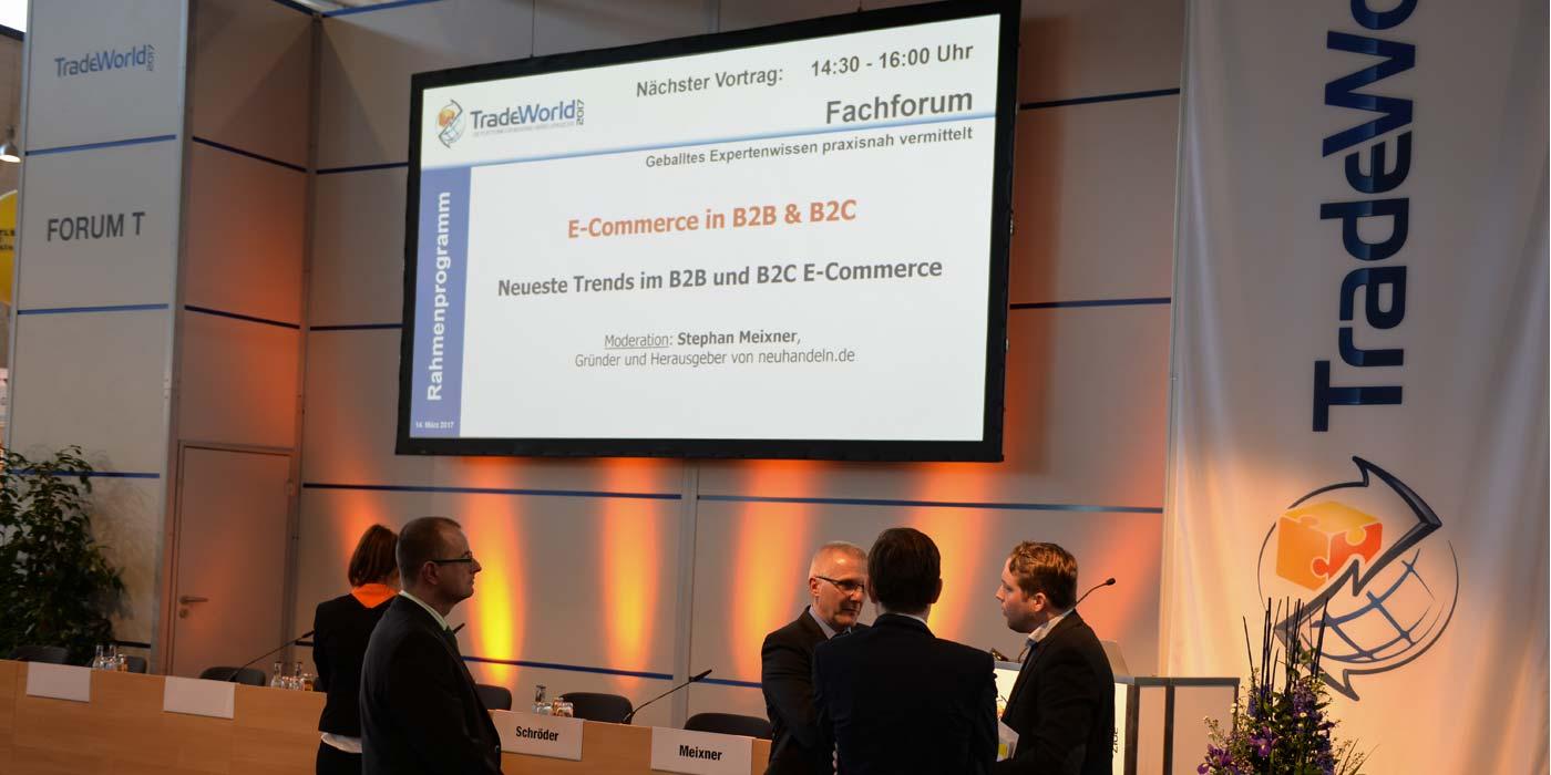 Philipp Kannenberg, Regina Visel und Thomas Harmes fordern auf dem Fachforum der Tradeworld 2017 vom deutschen Handel mehr Mut.