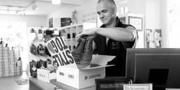 Zalando und gaxsys ermöglichen den Spagat zwischen Onlinehandel und Offlinehandel.